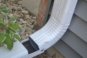 Downspout Hinge Manitowoc WI